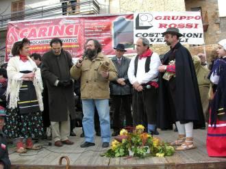 Eugenio ringrazia per le cioce con i bollettoni e per la cittadinanza onoraria.